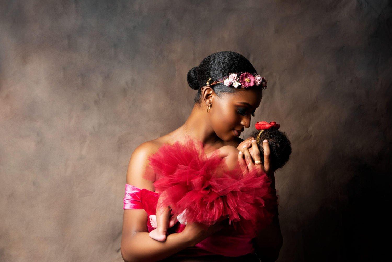 Maternity shoot Black mom