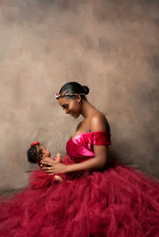 Black mom Maternity shoot
